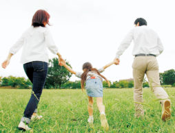 ちょっとぎくしゃく・・。ほんとは笑顔の家族でいたいのに~子育てに向き合う夫婦のあり方