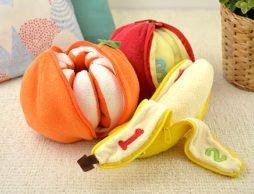 プレゼントに!みかん、りんご、バナナ の皮をむくと…中には果実が何個?