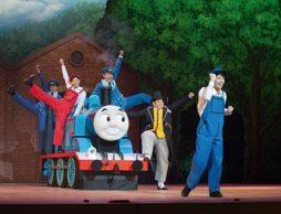 2017年も全国で公演決定!きかんしゃトーマス ファミリーミュージカル「ソドー島のたからもの」