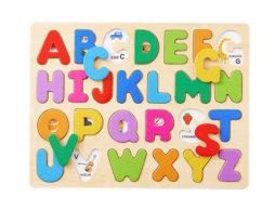 知育玩具 アルファベット