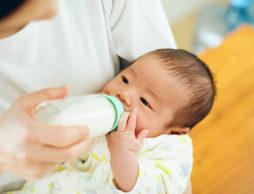 産科医に聞きました!赤ちゃんとお水 妊娠、出産、離乳食期の水分補給のポイント ~第11回~