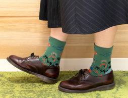 どこかにお出かけしたくなる靴下「ムーミン レディースロークルーソックス」5色登場♪