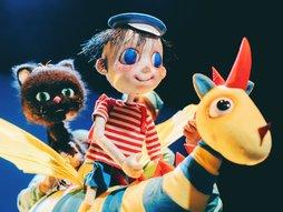 作者ガネットさん緊急来日!大人も楽しめる人形劇団プーク『エルマーのぼうけん』8月公演スタート!