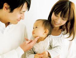 ママが育休を取るべき?パパはママに子育てを任せすぎじゃない?パパママの働き方と、子育て