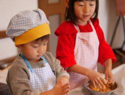 寒い日は、ママと一緒に簡単!楽しい!美味しい「お手伝い遊び」のすすめ