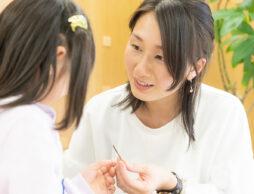 香りで子どもの学習効果アップ!ママアロマセラピストが教える香り活用術