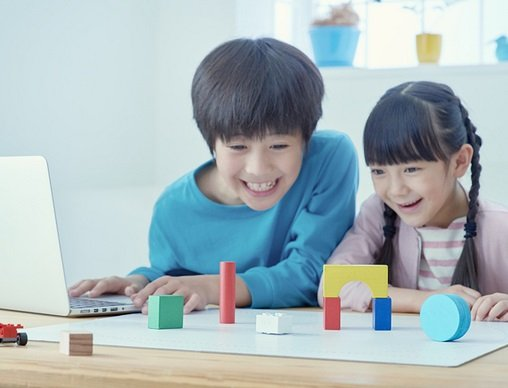 小学校でプログラミング教育が必修化?その目的は、思考力や判断力、表現力等を身に付けること