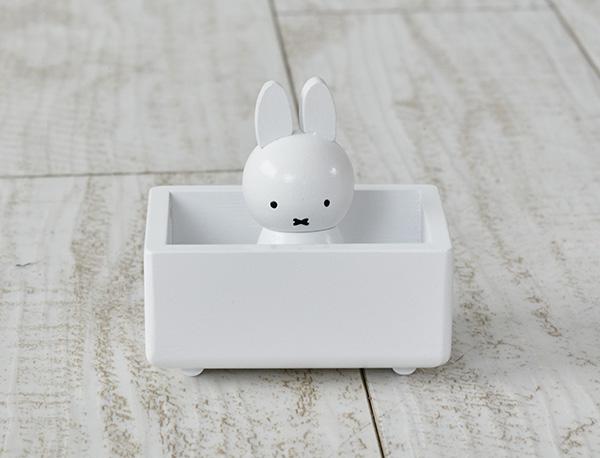ミッフィー、お風呂に入っているの? …いえいえ、これはクリップホルダーなんです。
