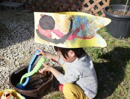 【工作あそび】鯉のぼりになって走り出せ!「こいのぼり帽子作り」